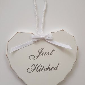 Gorgeous Wooden Hanging Hearts Wedding Gift – Keepsakes – Just Hitched Mr & Mrs (SKU227)